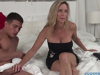Moot Taut Mommy Smooches Her Junior Trainer With Humungous Man Sausage